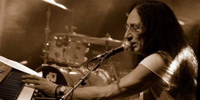 ken hensley photo 02